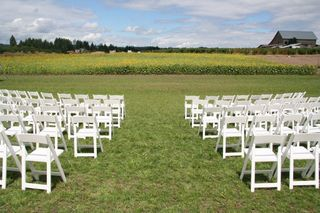 Sunflower-garden-ceremony-wedding-venue-2.jpg