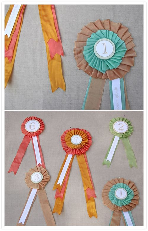 100-layer-cake-horse-show-ribbon-place-card-brittni-papernstitch