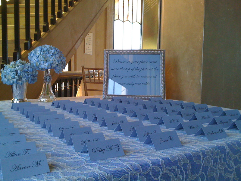 Seating-escort-cards-periwinkle-lace