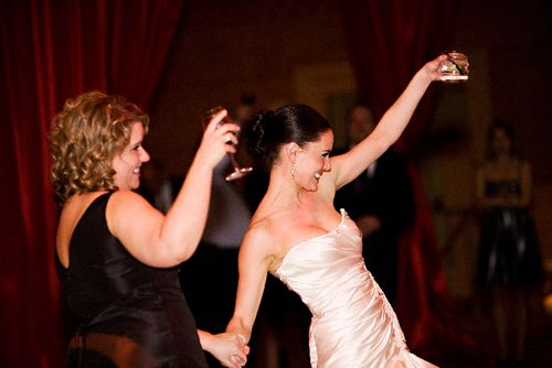 How-to-have-fun-at-your-wedding
