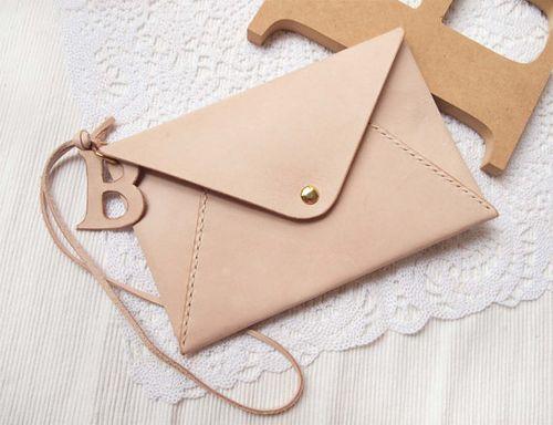 Harlex-etsy-nude-envelope-clutch
