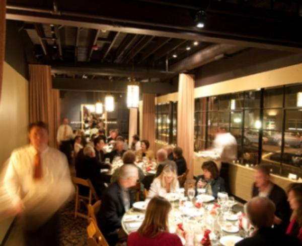 Thumbs_classic-wines-winemaker-dinner-03-05-10-loft-icoz-127