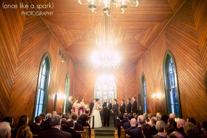 Oaks-pioneer-church-wedding