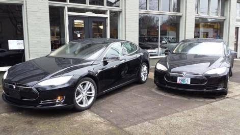 Tesla-model-s-prestige-limo-portland