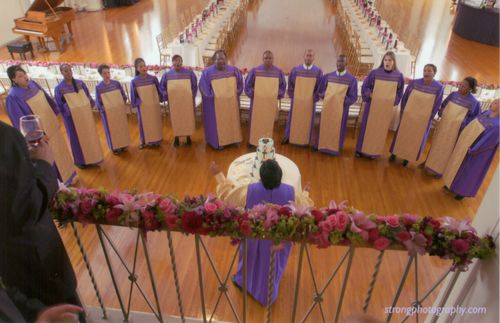 Gospel-choir-at-wedding